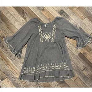 Monoreno Gray Embroidered Boho Tunic Top, Large L